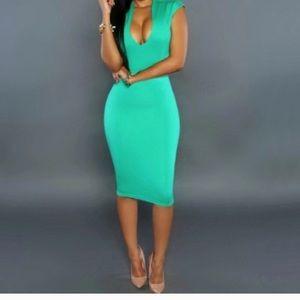 78ad8547e5ff Dresses   Skirts - 🎊🎊Mint Fever🎊🎊